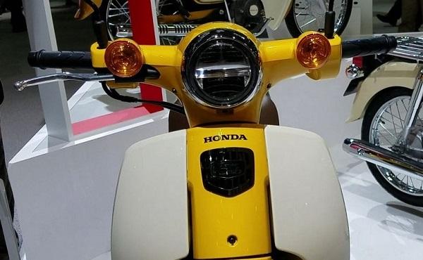 新型スーパーカブLEDヘッドライト