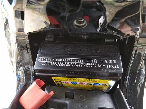 JA10 バッテリーの取り外し